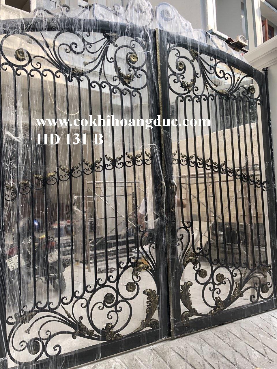 CỬA CỔNG HD 131 B