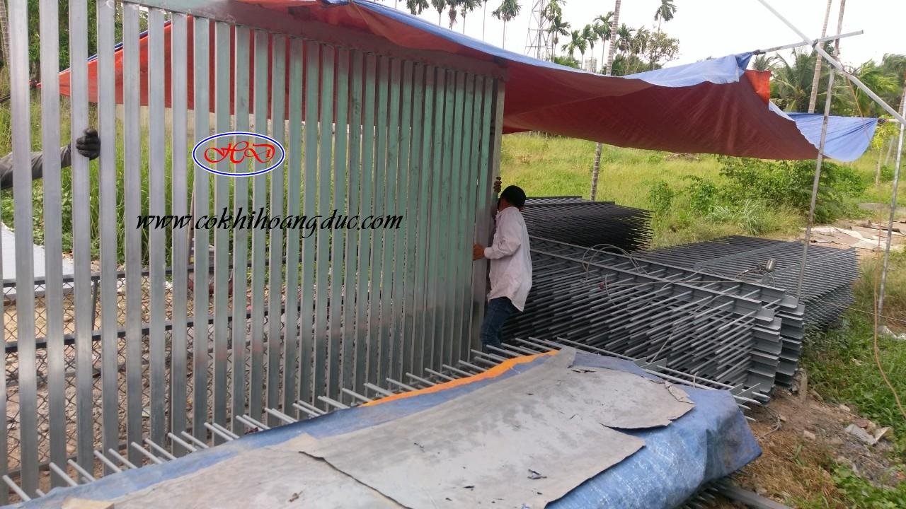 Hàng Rào Tại KCN Đất Cuốc, BD